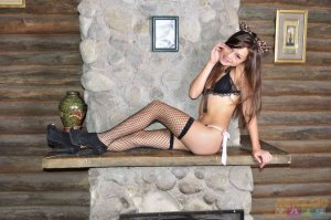 Henriane ladyboy escorts in Shasta Lake